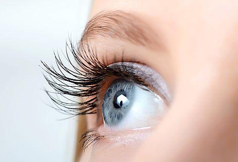 Oko i kontaktno sočivo