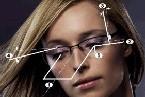 prilagođavanje prema ramu naočara